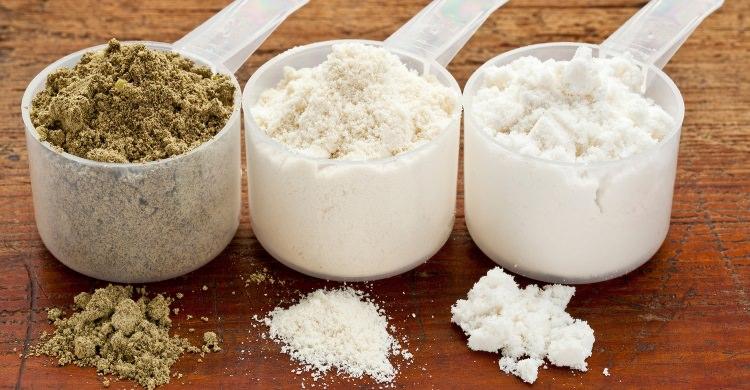 Proteine del siero isolate o concentrate: quali scegliere?